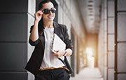 Strategi Wanita Agar Sukses dalam Karier dan Keuangan
